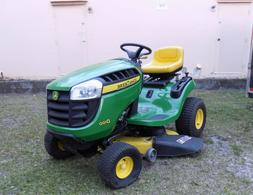 John Deere Riding Mower with ONLY 39 ORIGINAL HOURS (Paid $1